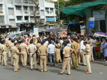 Christians in Mumbai protest 1